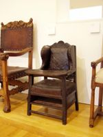 Chld chair 1600s